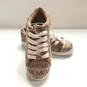 Girls Michael korse lace up sneakers